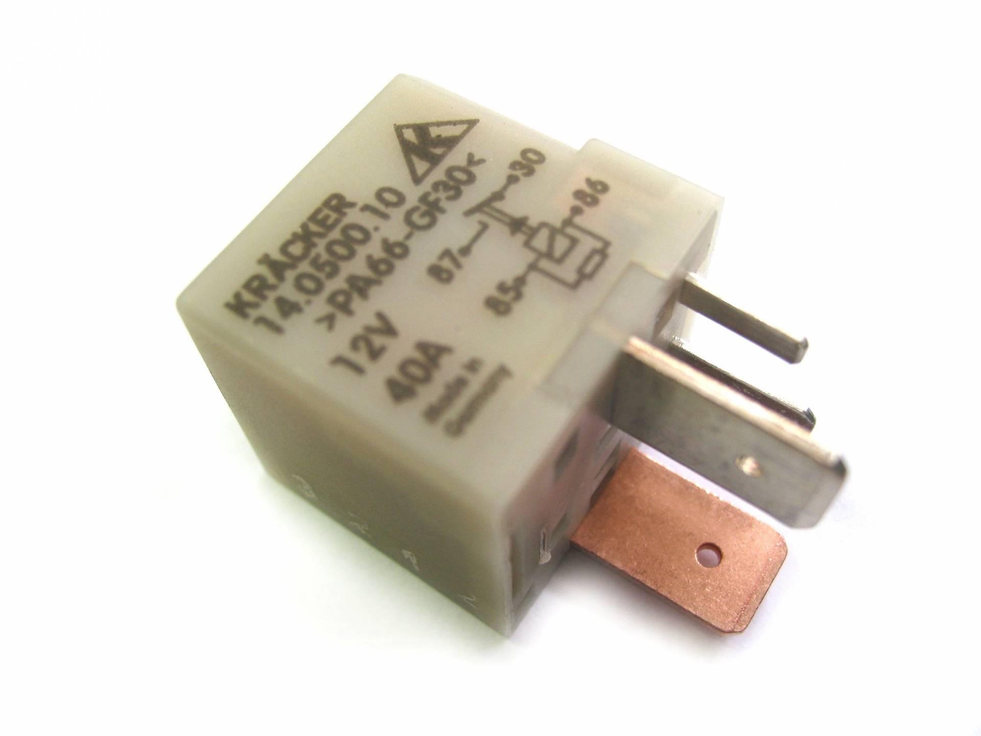 Bapmic 1J0906381A Relais Multifunktionsrelais 4-polig 40A